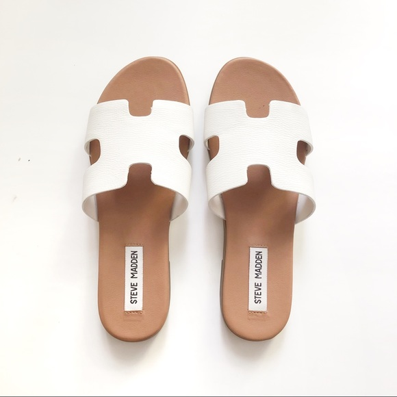 e57dc571104 Steve Madden Dariella White Leather H Sandals 7.5.  M 5b57869310fc54d390045546